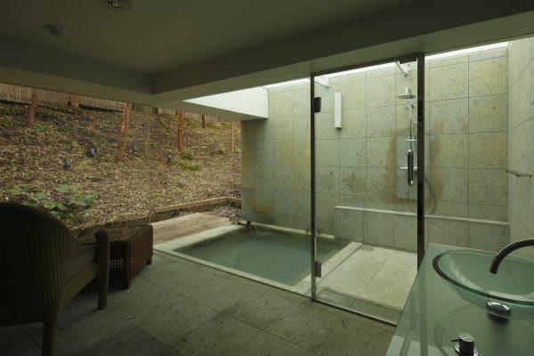 リビング付客室露天風呂 【ななかまど/らいらっく】